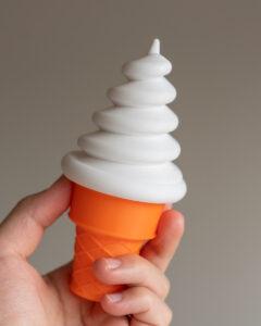 ソフトクリームネジ